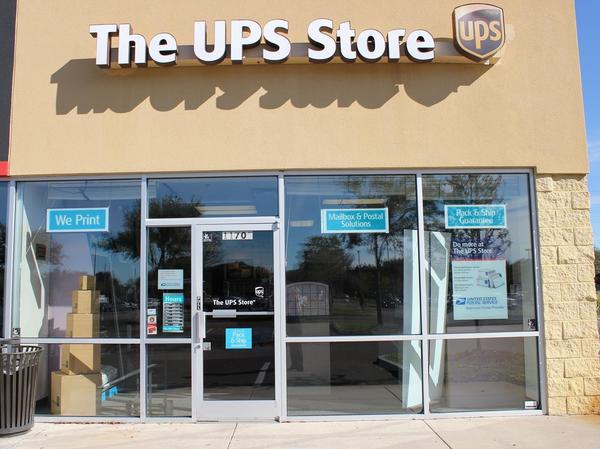 Facade of The UPS Store Riverview