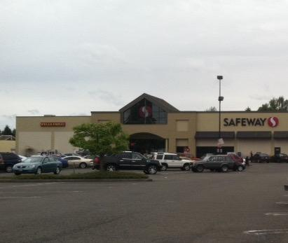 Safeway Store Front Picture at 1624 72nd St E in Tacoma WA