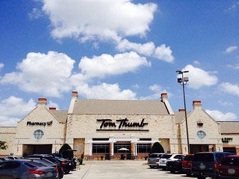 Tom Thumb Store Front Picture - 6800 W Virginia Parkway in McKinney TX