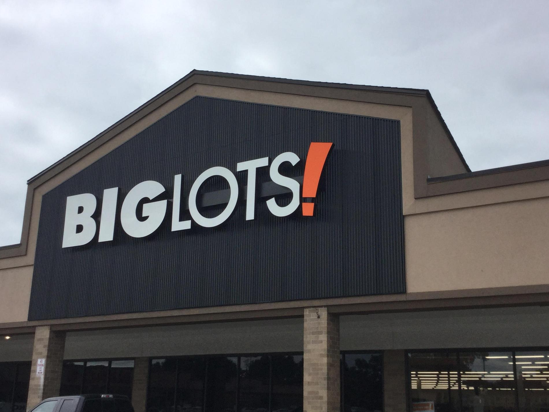 Cleveland, OH Big Lots Store #1055