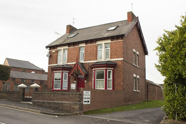 Porters Funeral Directors in Station Road, Clowne, Chesterfield