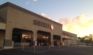 Safeway Store Front Picture at 599 W 4th St in Benson AZ
