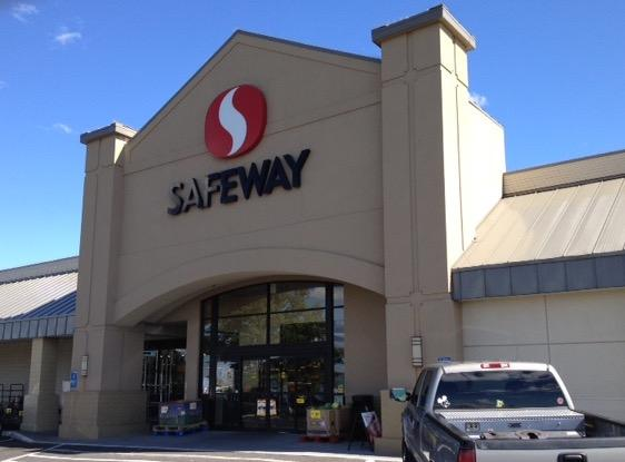 Safeway store front picture of 990 Highway 395 S in Hermiston OR