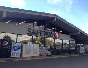 Safeway store front picture of 1499 Why 101 in Reedsport OR