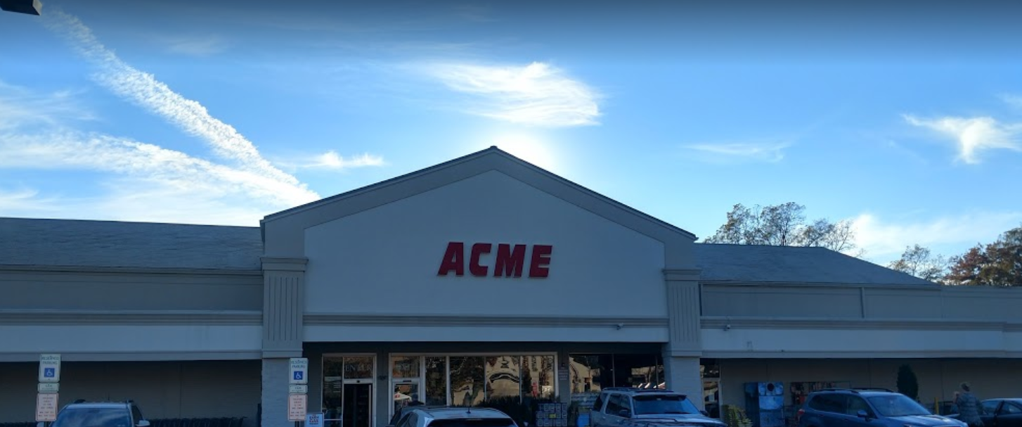 Acme Markets store front picture at 250 E Lancaster Ave in Wynnewood PA