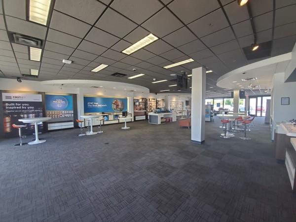 AT&T Store - East Camelback & North 20th - Phoenix, AZ