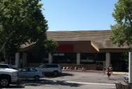 Vons Store Front Picture at 550 E Baseline Rd in Claremont CA
