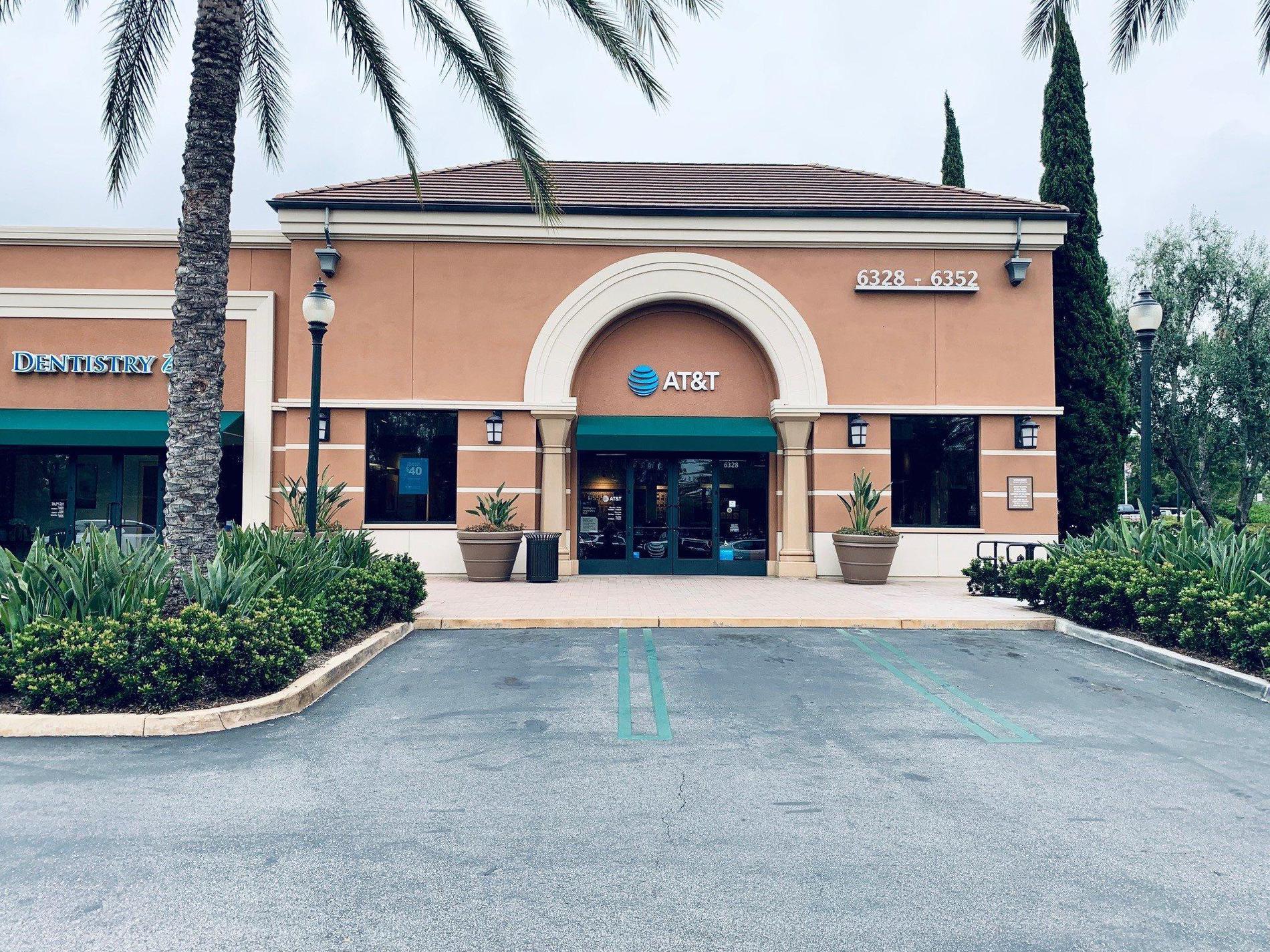 AT&T Store - Irvine Woodbury - Irvine, CA