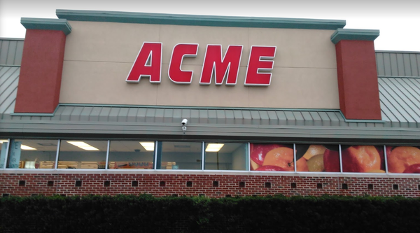 Acme Markets store front picture at 1308 Centerville Rd in Wilmington DE