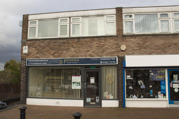 Jennings Funeral Directors in Wood Lane, Willenhall, Wolverhampton