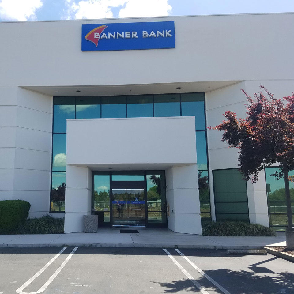 Banner Bank branch in Elk Grove, California