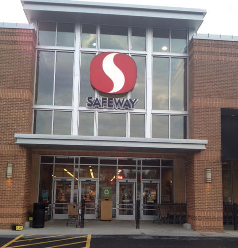 Safeway Store Front Picture at 9807 Main St in Damascus MD