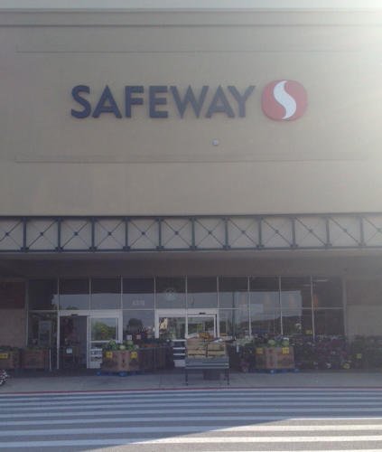 Safeway Store Front Picture at 4370 Montgomery Rd in Ellicott City MD