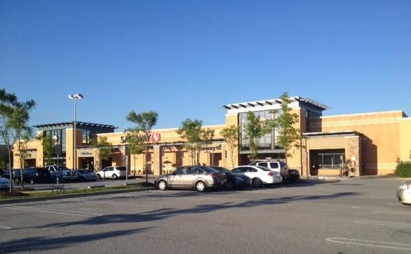 Safeway Store Front Picture at 15916 S Crain Highway in Brandywine MD