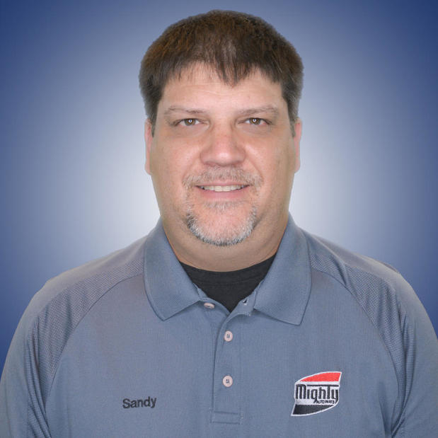 Mighty Auto Parts of Central Maryland, Manager Sandy Grandstaff