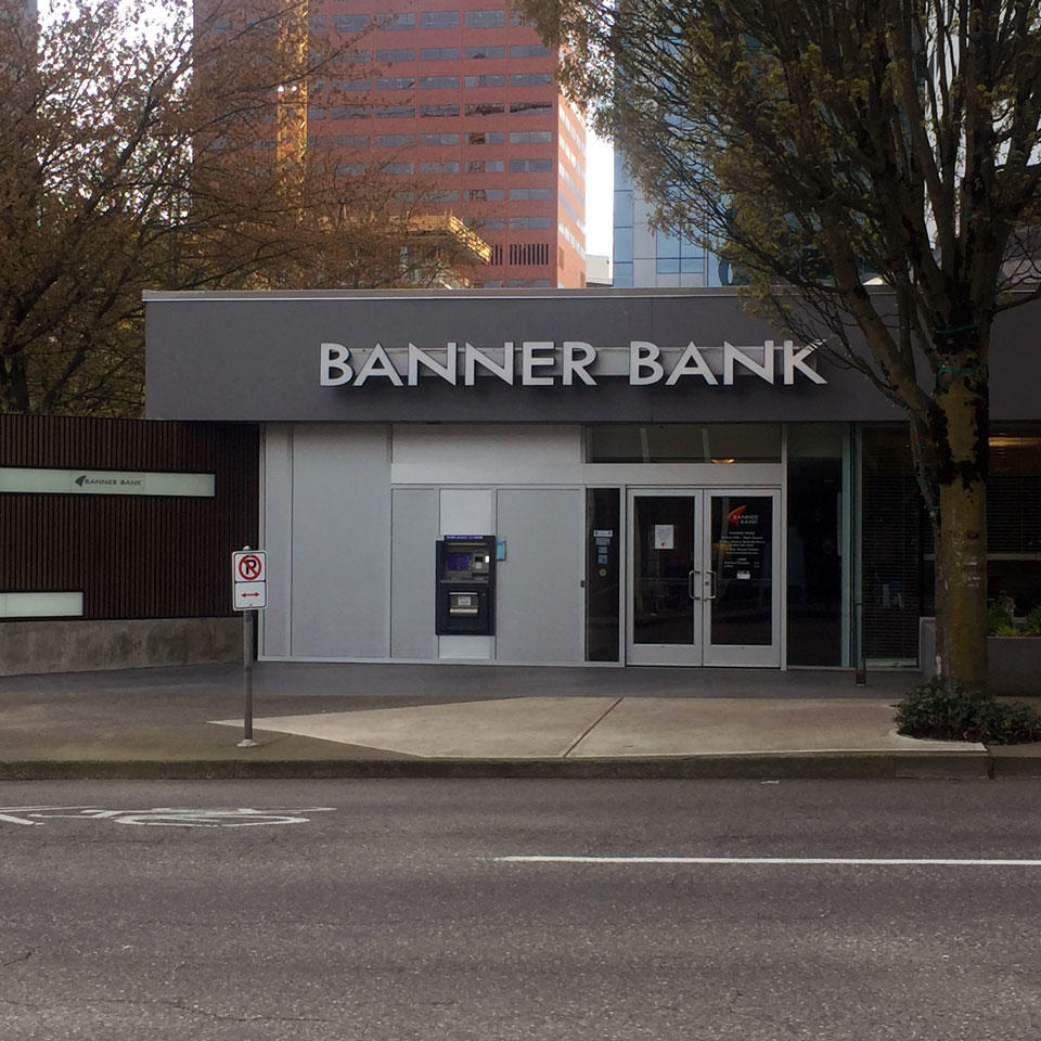 Banner Bank branch in downtown Portland, Oregon