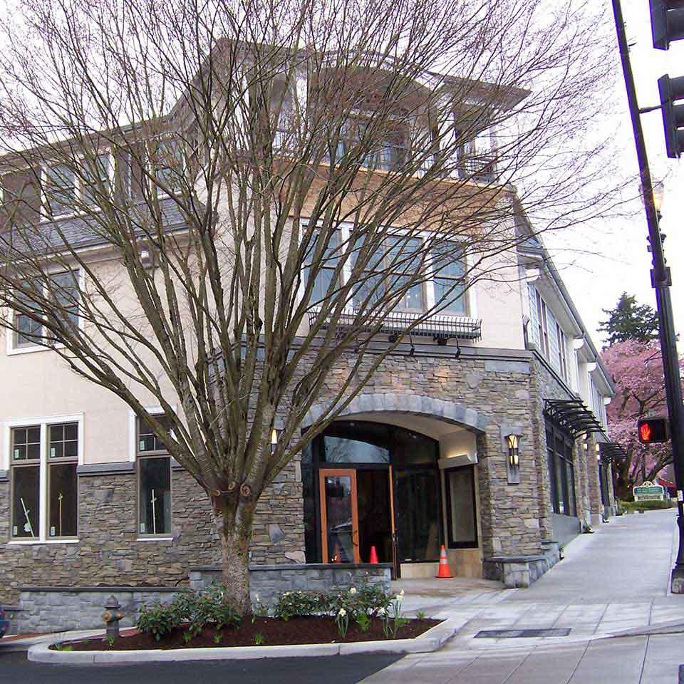 Banner Bank branch in downtown Lake Oswego, Oregon