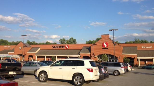 Safeway Store Front Picture at 80 W Dares Beach Rd in Prince Frederick MD