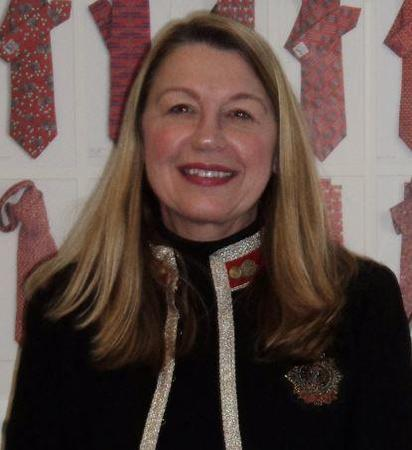 Photo of Elizabeth Carroll
