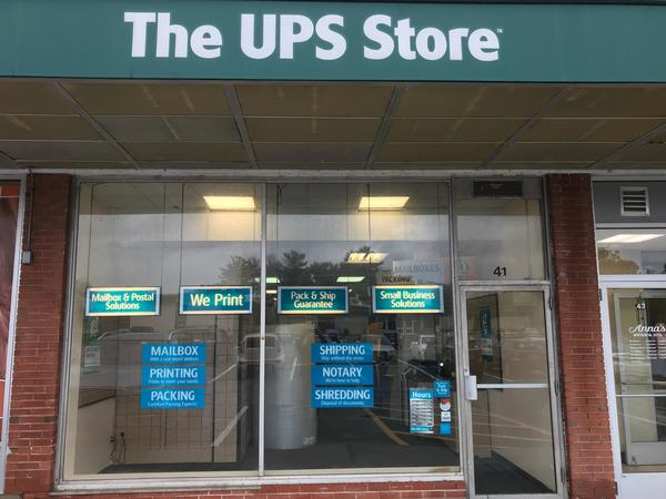 Exterior storefront image of The UPS Store #1915 in West Hartford, CT