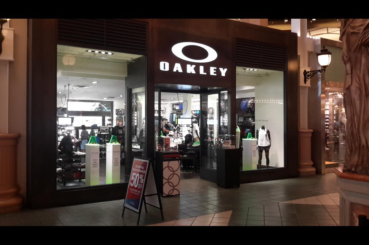 oakley outlet nebraska