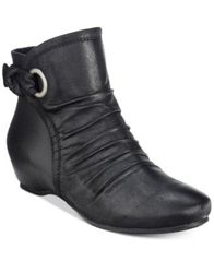 Image of Bare Traps Salie Wedge Booties