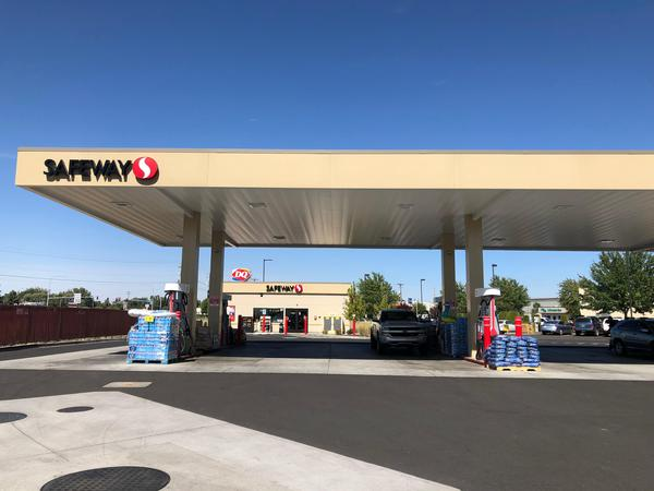 Picture of Safeway Fuel Station at 1600 Plaza Way in Walla Walla WA