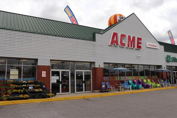 Acme Markets store front picture at 100 Suburban Dr in Newark DE