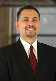 Gil Gonzalez Loan officer headshot