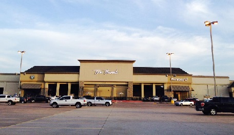 Tom Thumb Store Front Picture at 745 Cross Timbers Rd in Flower Mound TX