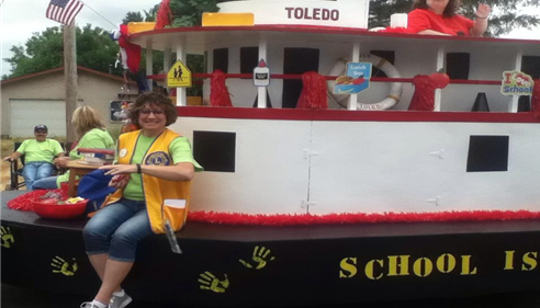 Cyndi on Cheese Days Float 2015