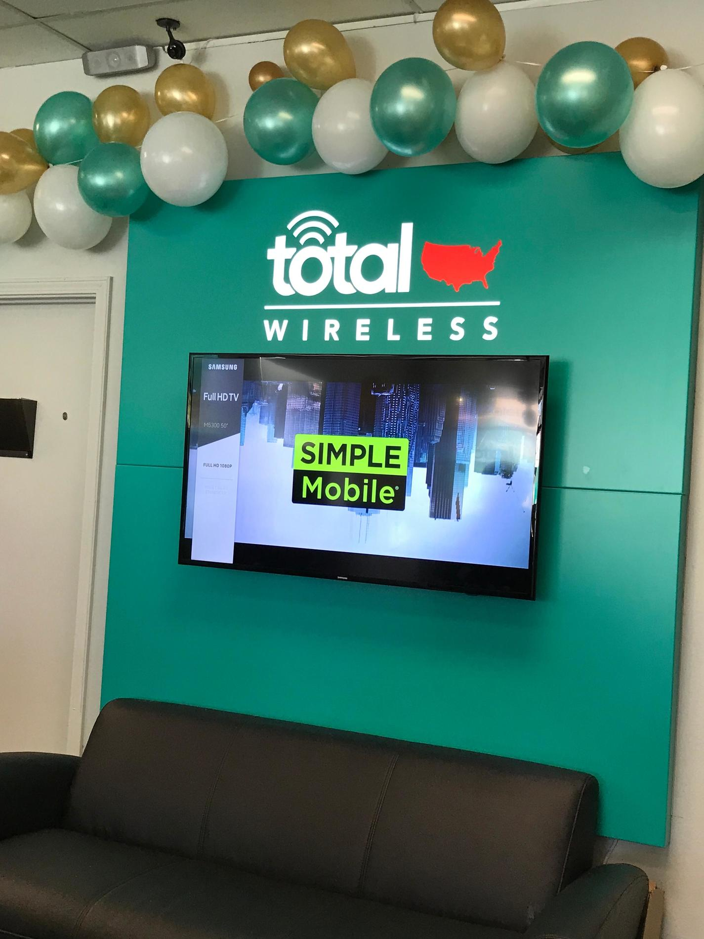 Total Wireless Store front image in Laplace,  LA
