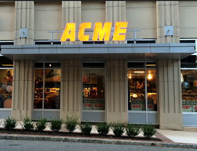 Acme Markets store front picture at 19-21 Ave At Port Imperial in West New York NJ