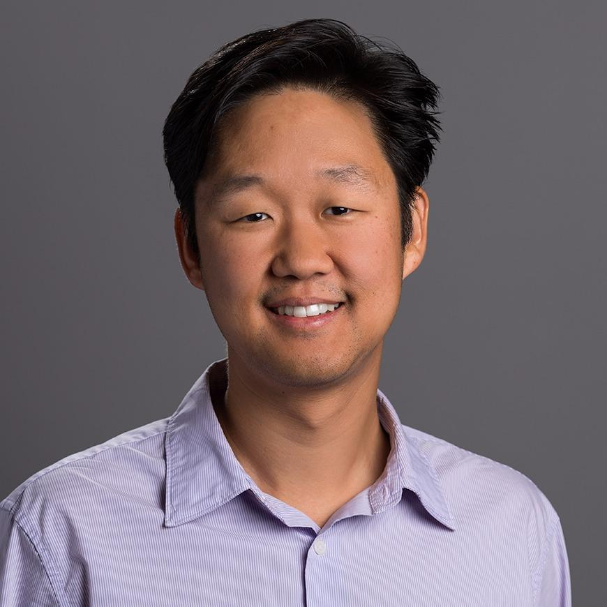 Headshot photo of Tae Lim Youn, DDS MD