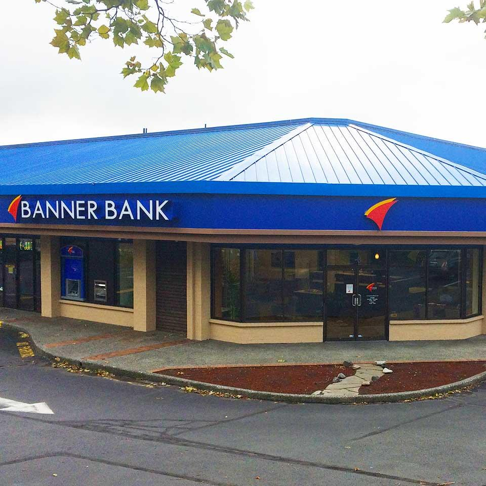 Banner Bank branch in Lynnwood, Washington