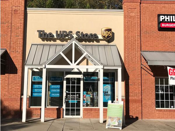 Exterior storefront image of The UPS Store #4342 in Johns Creek, GA