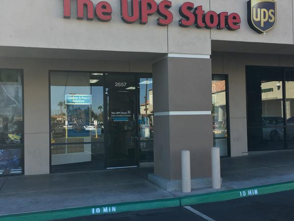 Facade of The UPS Store Henderson