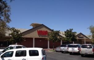 Vons Store Front Picture at 9000 Ming Ave in Bakersfield CA