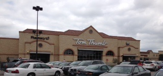 Tom Thumb Store Front Picture at 210 E Pleasant Run Rd in Desoto TX