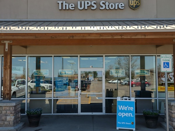 Facade of The UPS Store Castle Pines