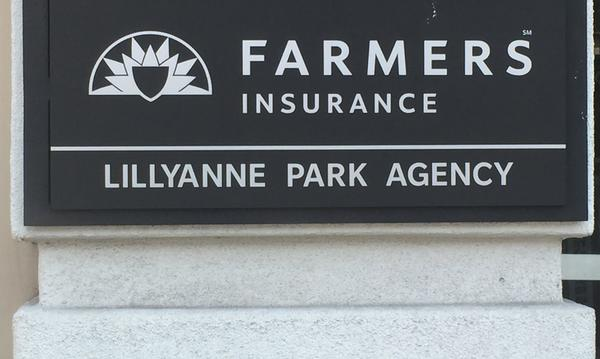"Agency Plaque ""Lillyanne Park Agency"""