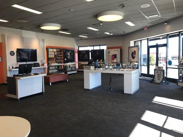 AT&T Store: 5400 Clinton Hwy Knoxville, TN