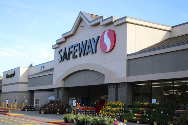 Safeway 212th & 44th Store Photo
