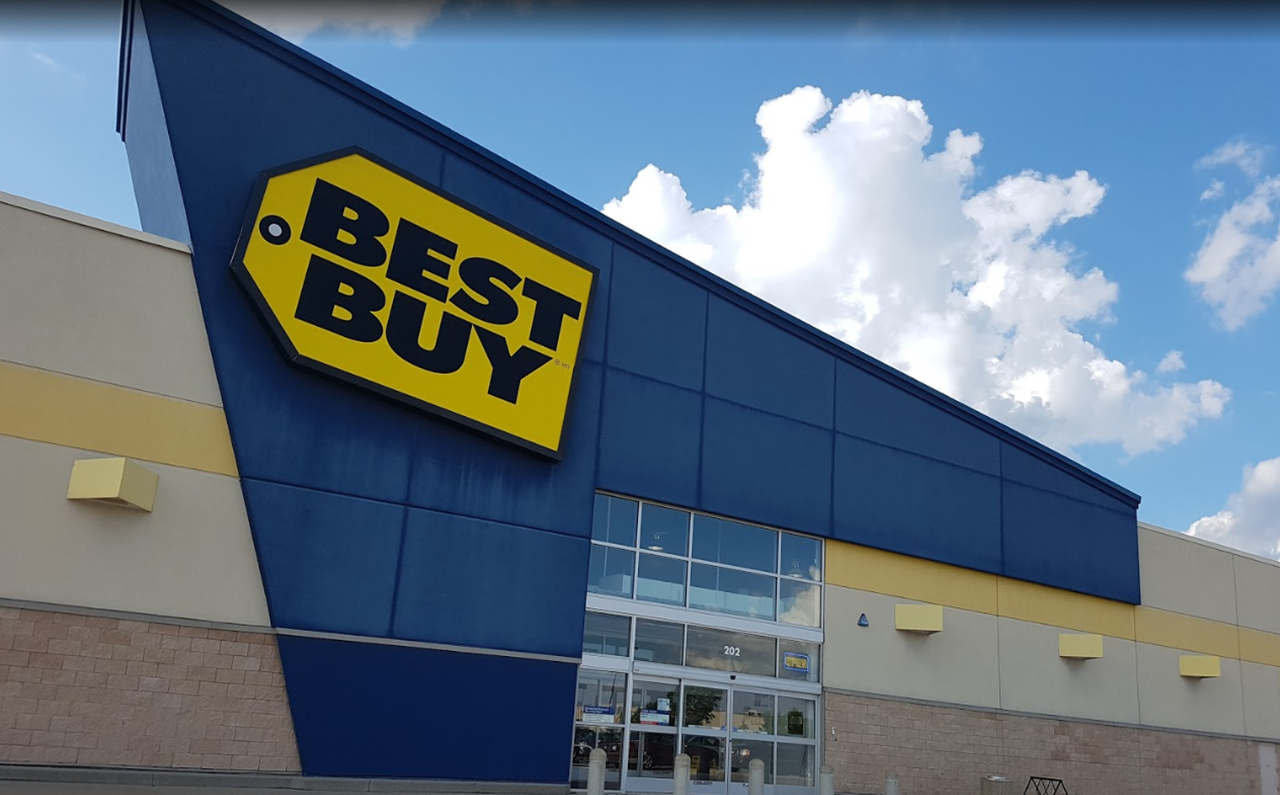 Best Buy Quinte Crossroads