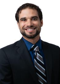 A headshot of Goosehead agent Gabriel Marrero