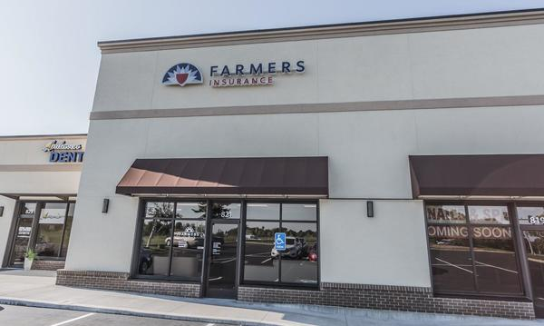 Building with Farmers logo