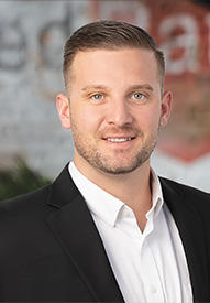 Bradley Glenn Loan officer headshot