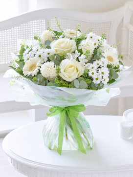 Image of Scented Heavenly Beauty Hand-tied