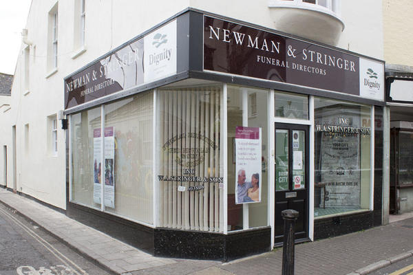 Newman & Stringer Funeral Directors in Brighton.