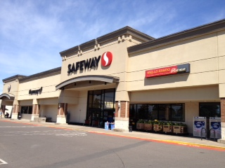 Safeway Store Front Photo at 1500 E Main St in Cottage Grove OR